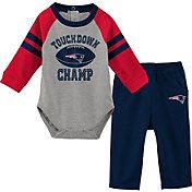 NFL Team Apparel Infant New England Patriots Touchdown Pant Set