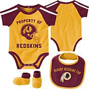 NFL Team Apparel Infant Washington Redskins Bib/Booties Set