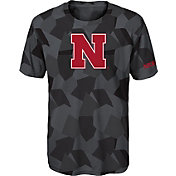 Gen2 Boys' Nebraska Cornhuskers Grey Sublimated Print Stadium T-Shirt