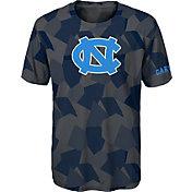 Gen2 Boys' North Carolina Tar Heels Grey Sublimated Print Stadium T-Shirt