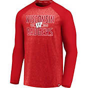 NCAA Men's Wisconsin Badgers Red Marble Long Sleeve T-Shirt