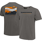 Image One Men's Tennessee Volunteers Grey Campus Scene Waves T-Shirt