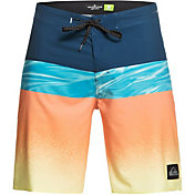 Quiksilver Men's Highline Hold Down Board Shorts