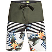 "Quiksilver Men's Everyday Lightening 20"" Boardshorts"