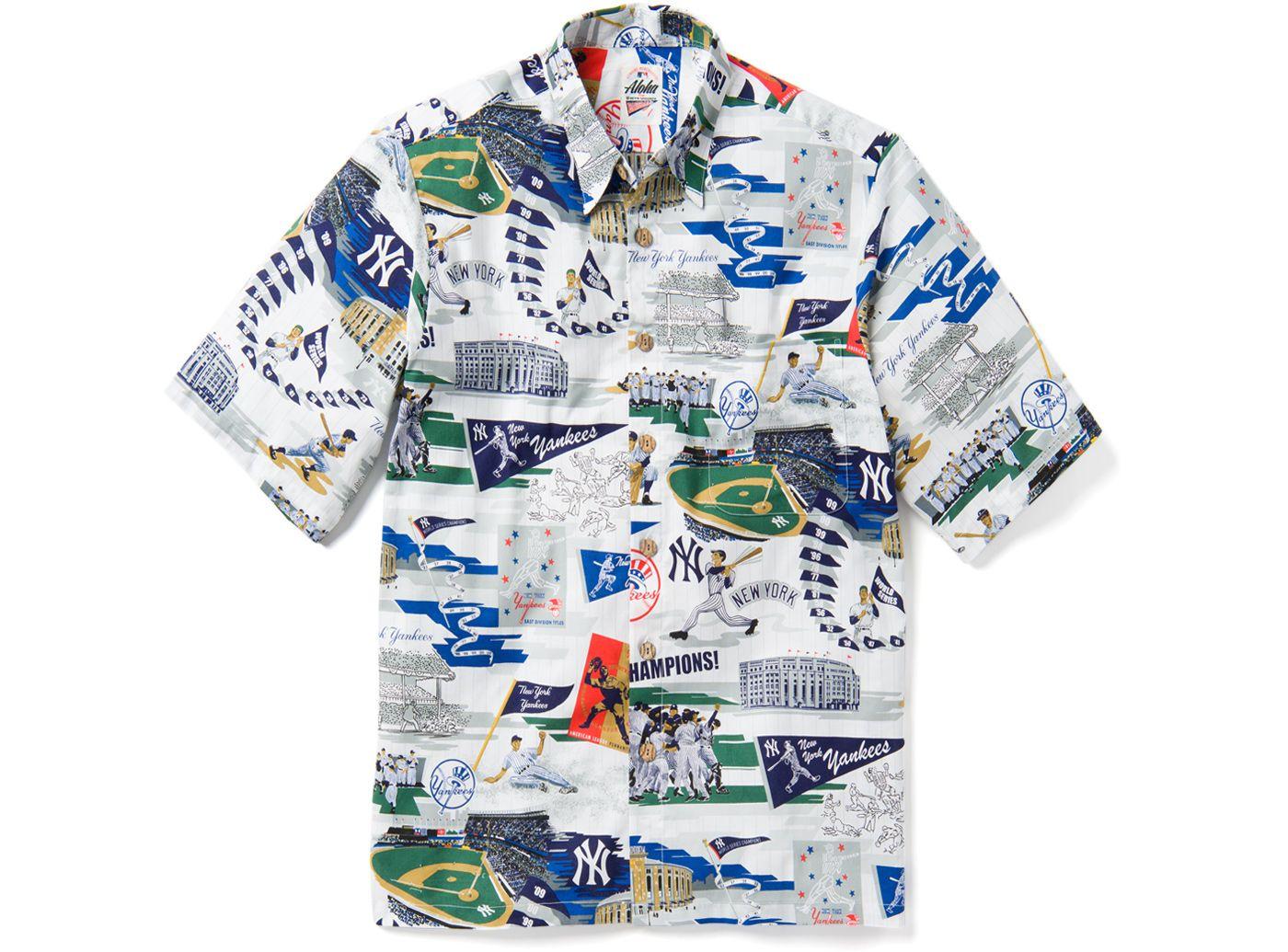 Reyn Spooner Men's New York Yankees Scenic Button-Down Shirt