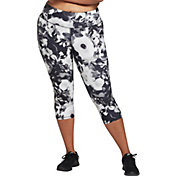 DSG Women's Plus Size Performance Capris in Abstract Floral Black And White