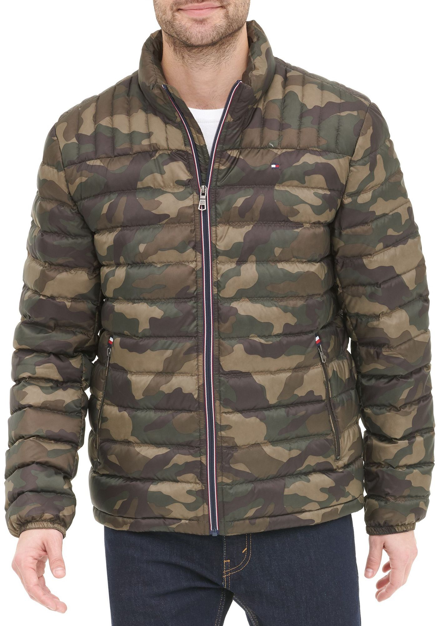 Tommy Hilfiger Men's Packable Logo Quilted Down Jacket, Small, Camouflage