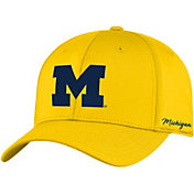 Top of the World Men's Michigan Wolverines Maize Phenom 1Fit Flex Hat