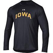 Under Armour Men's Iowa Hawkeyes Long Sleeve Tech Performance Black T-Shirt