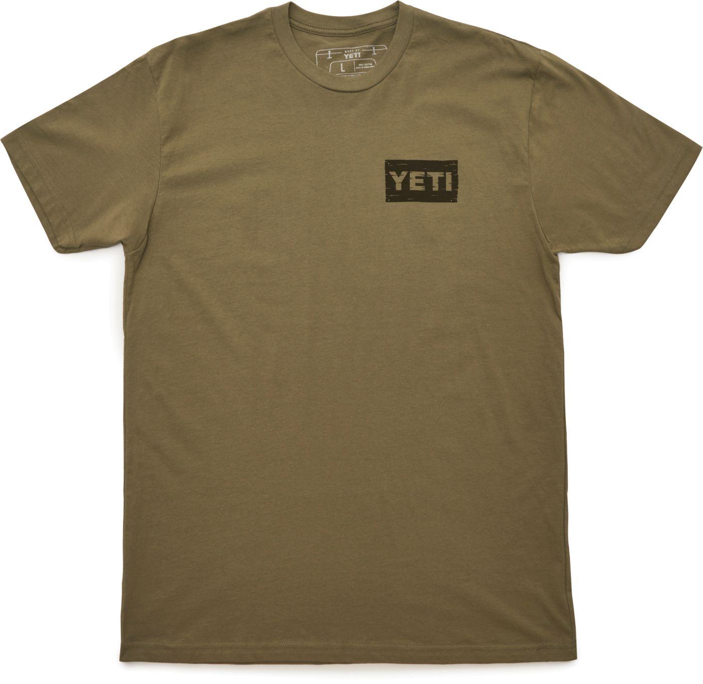 YETI Men's Bait Shop T-Shirt