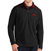 Antigua Men's Arkansas Razorbacks Glacier Quarter-Zip Black Shirt