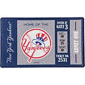Evergreen New York Yankees Turf Mat