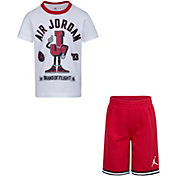 Jordan Boys' Varsity Flight Short Sleeve T-Shirt