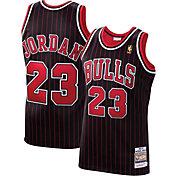Mitchell & Ness Men's Chicago Bulls Michael Jordan #23 Authentic 1996-97 Black Jersey