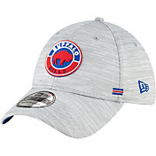 New Era Men's Buffalo Bills Grey Sideline 39Thirty Road Fitted Hat