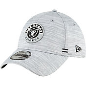 New Era Men's Las Vegas Raiders Sideline Road 39Thirty Stretch Fit Hat