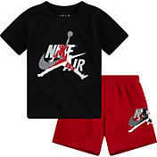 Nike Boys' Jumpman Classics T-Shirt and Shorts 2-Piece Set