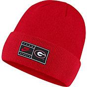 Nike Men's Georgia Bulldogs Red Throwback Patch Cuffed Knit Beanie