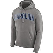 Nike Men's North Carolina Tar Heels Club Arch Pullover Fleece Hoodie