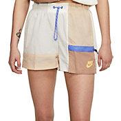 Nike Women's Sportswear Icon Clash Get Outside Shorts