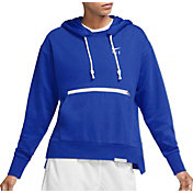 Nike Women's Swoosh Fly Standard Issue Basketball Hoodie