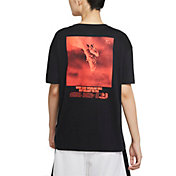 Nike Women's Swoosh Fly Dri-FIT Basketball Graphic T-Shirt