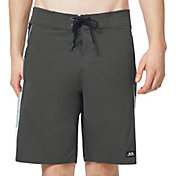 "Oakley Men's Block Grad 20"" Board Shorts"