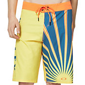"Oakley Men's Sunrays 21"" Board Shorts"