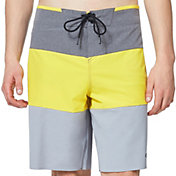 "Oakley Men's Ozaki Block 20"" Board Shorts"
