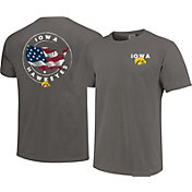 Image One Men's Iowa Hawkeyes Grey Sketch USA T-Shirt