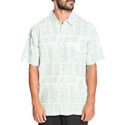 Quicksilver Men's Apaki Atoll Woven Short Sleeve Shirt