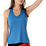 Lucky In Love Women's Wavy V-Neck Tennis Tank Top