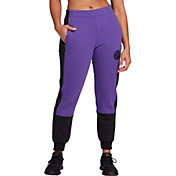 The North Face Women's Graphic Collection High Rise Pants