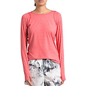 The North Face Women's Essentials Long Sleeve Shirt