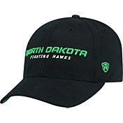 Top of the World Men's North Dakota Fighting Hawks Black Whiz Adjustable Hat