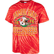 '47 Men's Tampa Bay Buccaneers Tie Dye Tubular T-Shirt