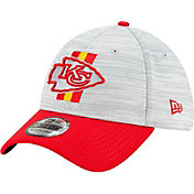 New Era Men's Kansas City Chiefs Grey Sideline 2021 Training Camp Adjustable Visor