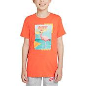 Nike Boys' Sportswear Beach Flamingo Photo T-Shirt