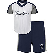 Outerstuff Toddler New York Yankees Line Up Set